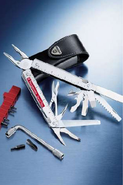 Victorinox Swiss-Tool Plus