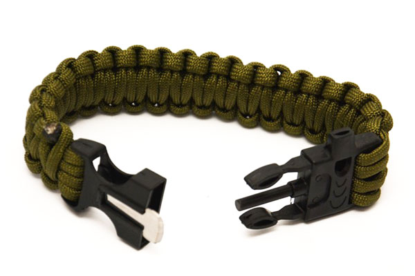 PARACORD bracelets Firestarter and whistle, green